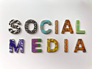 art gallery social media tools